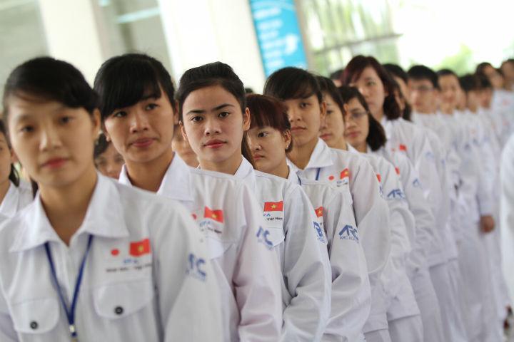 200 điều  dưỡng, hộ lý khóa 8 đã xuất cảnh sang Nhật Bản làm việc