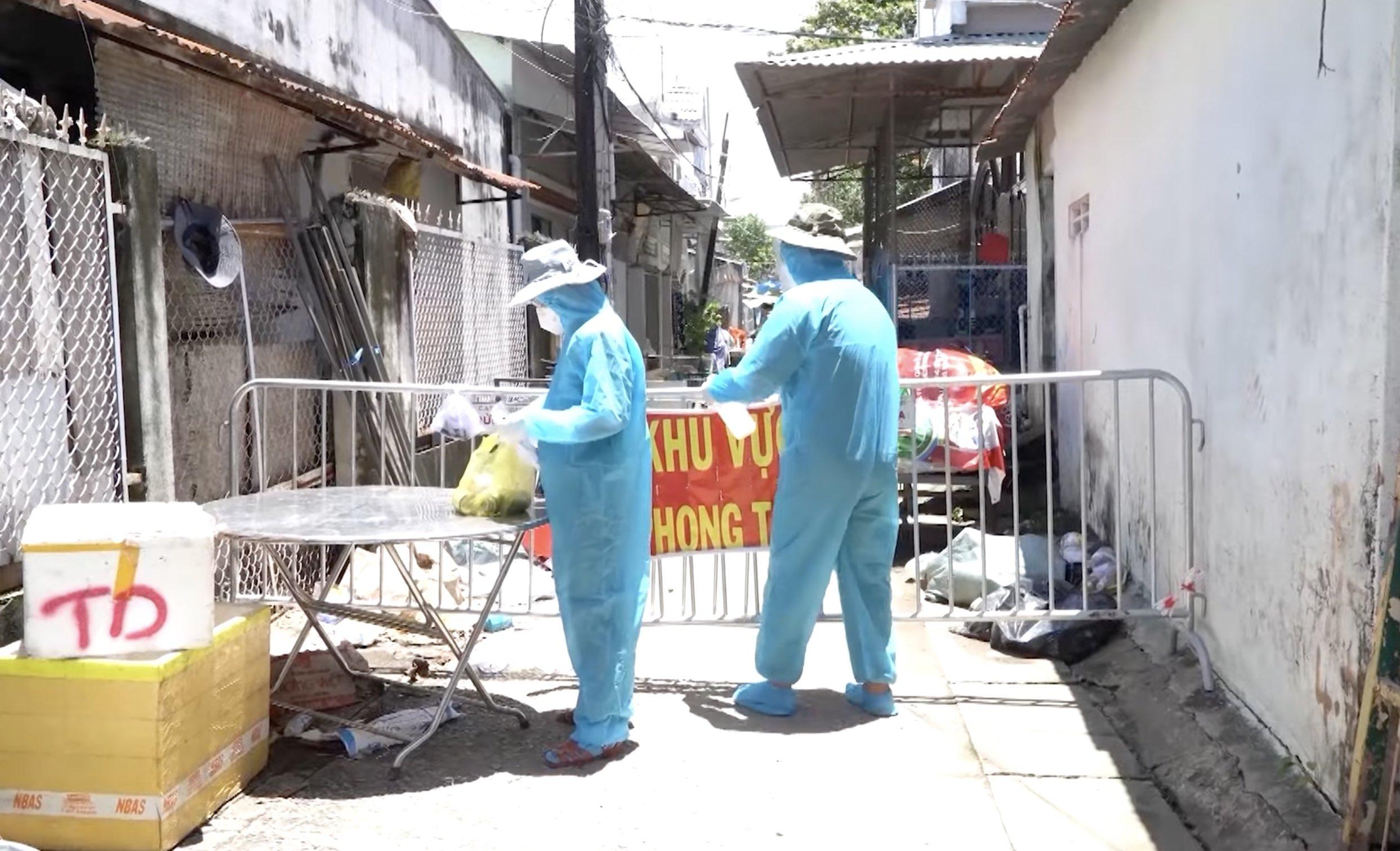 Quyết định - Về việc áp dụng các biện pháp cấp bách phòng, chống dịch Covid-19 theo các Chỉ thị của Thủ tướng Chính phủ trên địa bàn tỉnh Kiên Giang